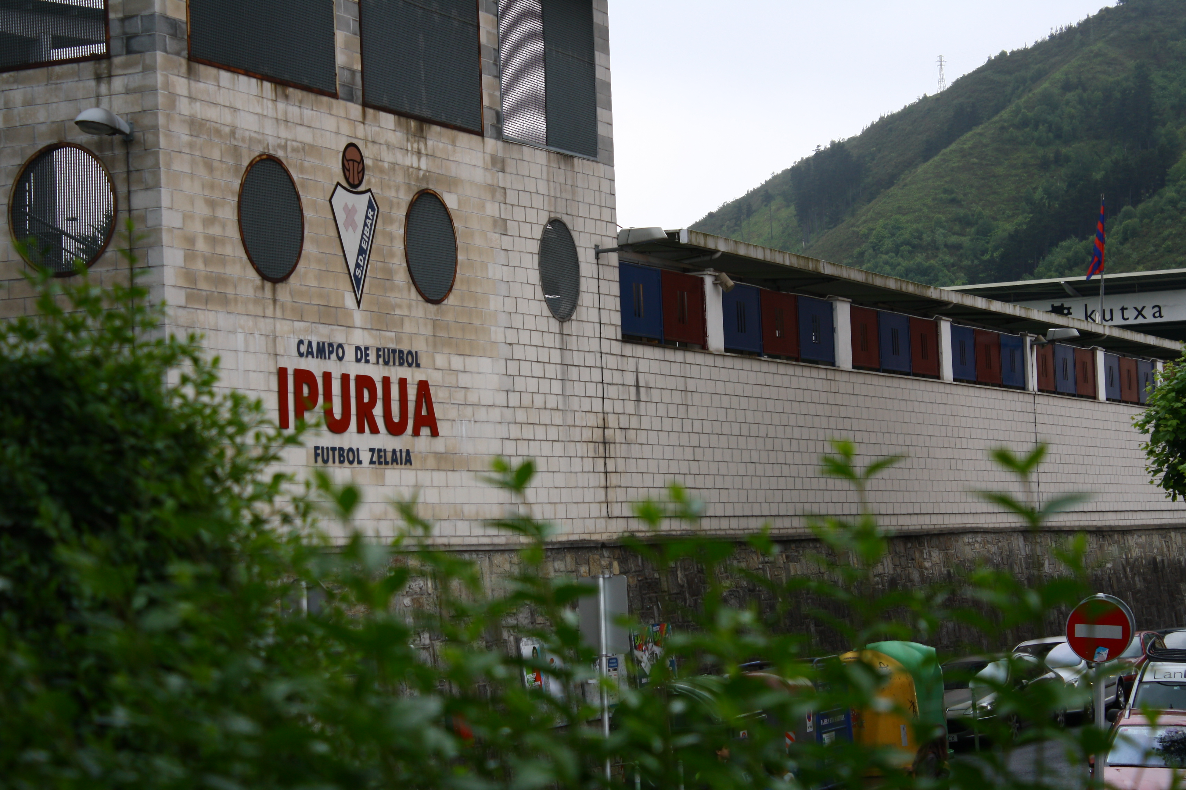 Campo de fútbol del Eibar, Ipurua